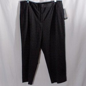 Eyelet Capris Double Lined